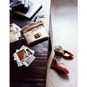 desk red shoes - sofia coppola for louis vuitton - mylusciouslife.com.jpg